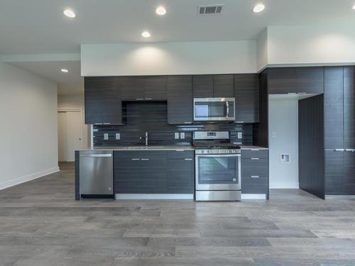 Kitchen-in-Plan D-2-at-Fourth &-in-Austin