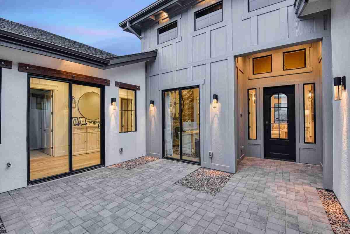 Featured Plan 2672 Porch Twilight