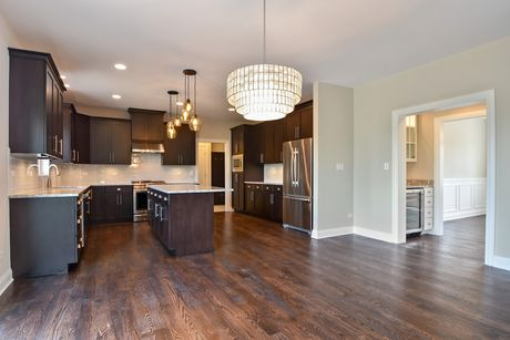 Kitchen-in-Mayfair-at-Equestrian Meadows-in-Lemont