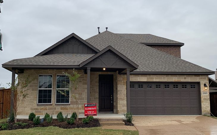 Quick Move-In Home in Aubrey:Top selling plan