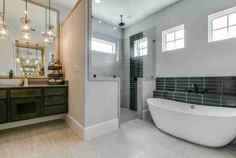 Build On Your Lot Master Bathroom