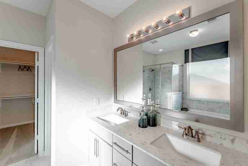 Rodeo Palms Master Bathroom