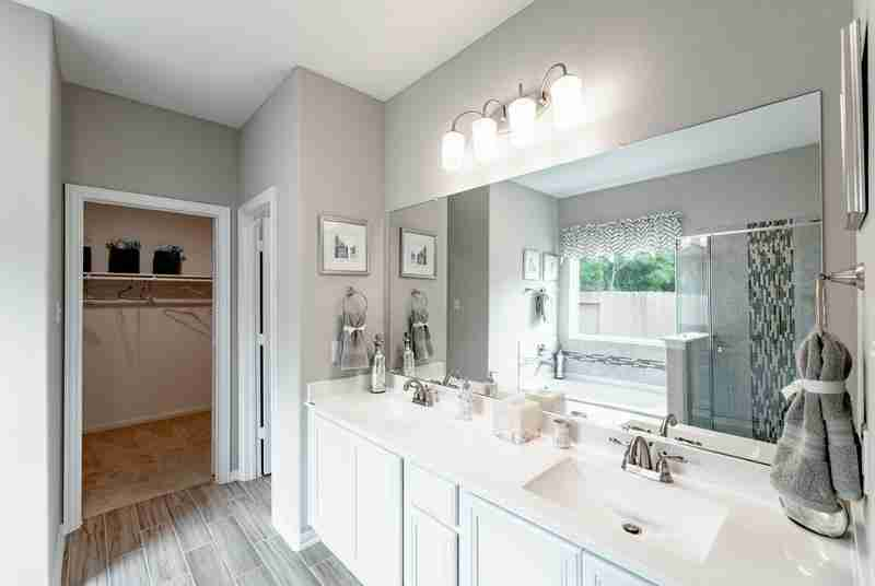 Riverwood Master Bathroom