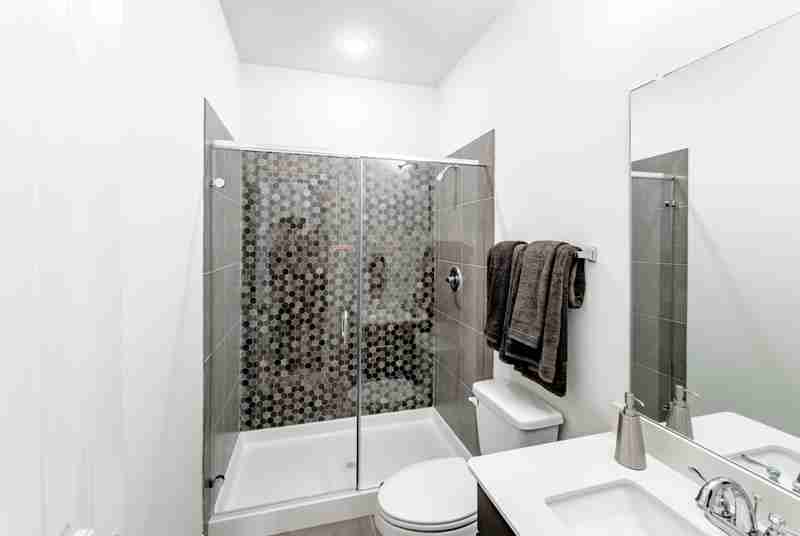 Sonoma Verde Bathroom #2