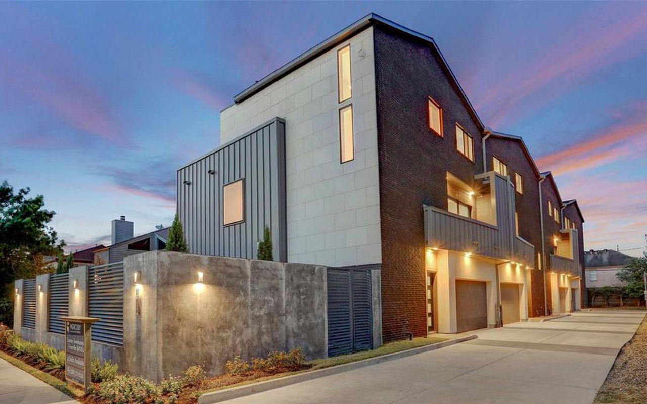 Exterior featured in the Unit C - Mercury Luxury Home By CastleRock Communities in Houston, TX
