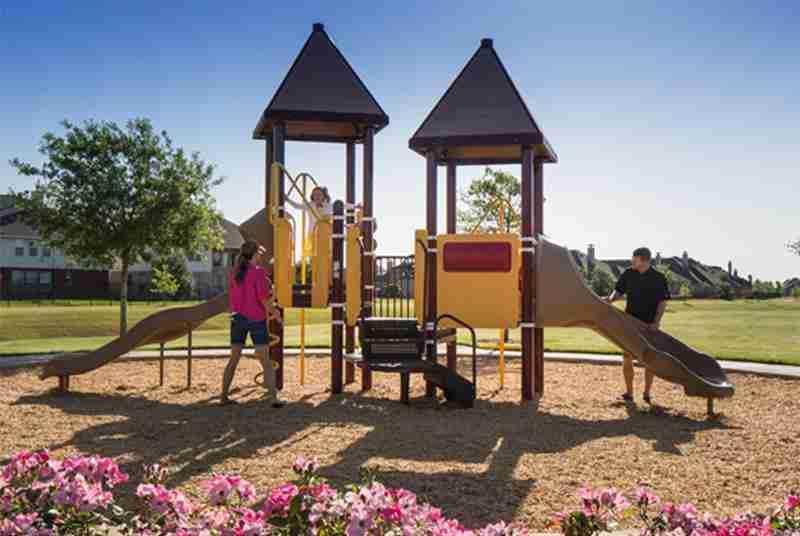 Summer Lakes Playground