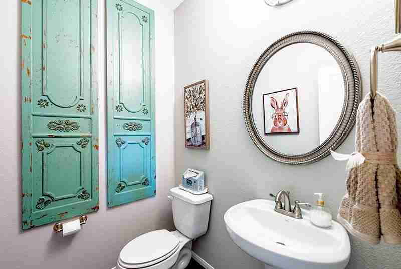 Parkview Estates Powder Room