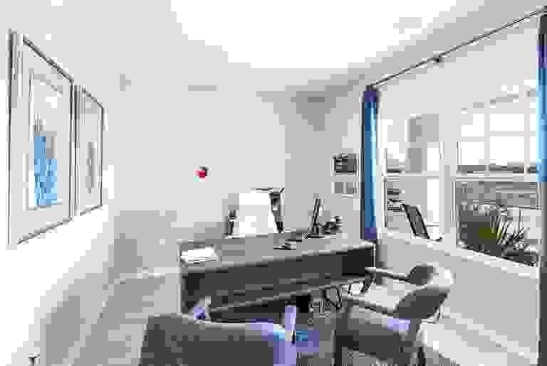 42121320-200309.jpg