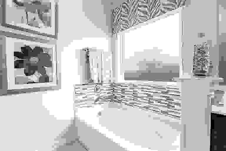 42122359-200309.jpg