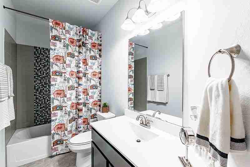 Lynnwood Bathroom #2