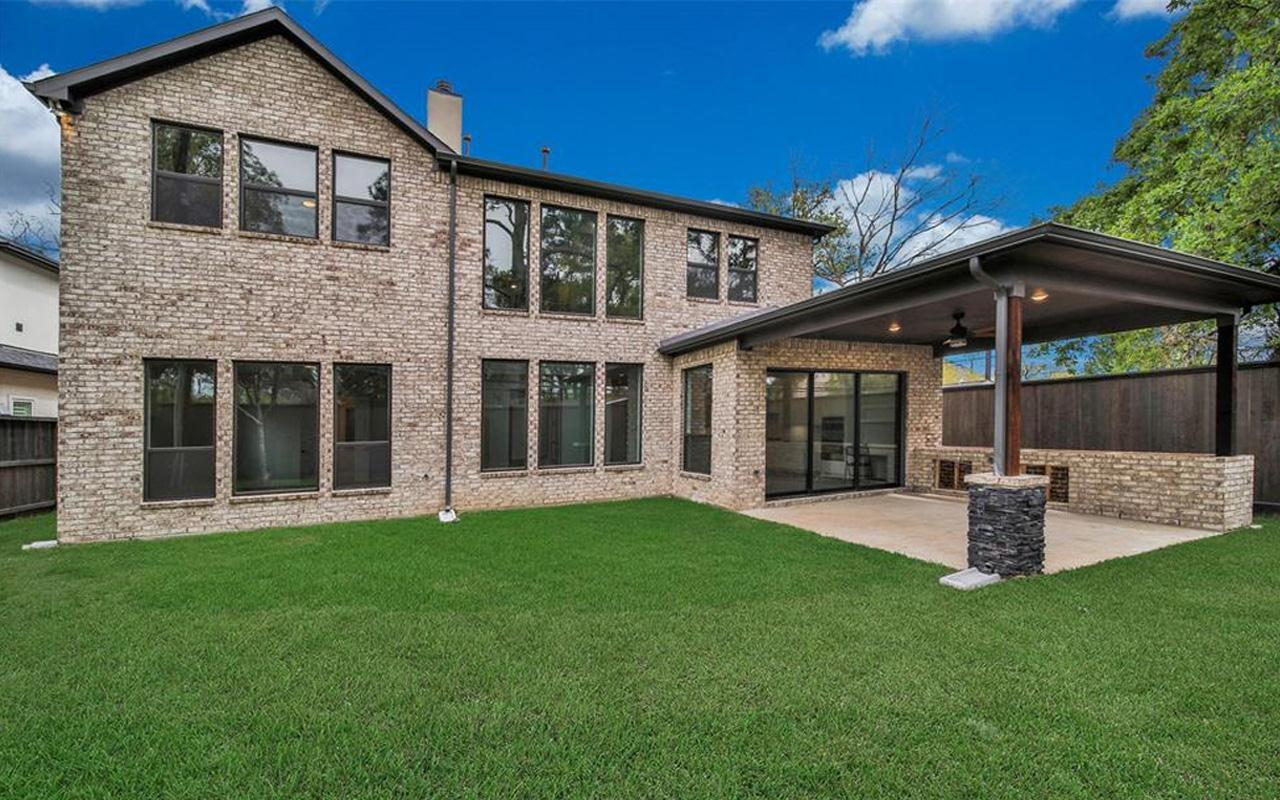 Exterior featured in the Laguna II-Gold By CastleRock Communities in Houston, TX