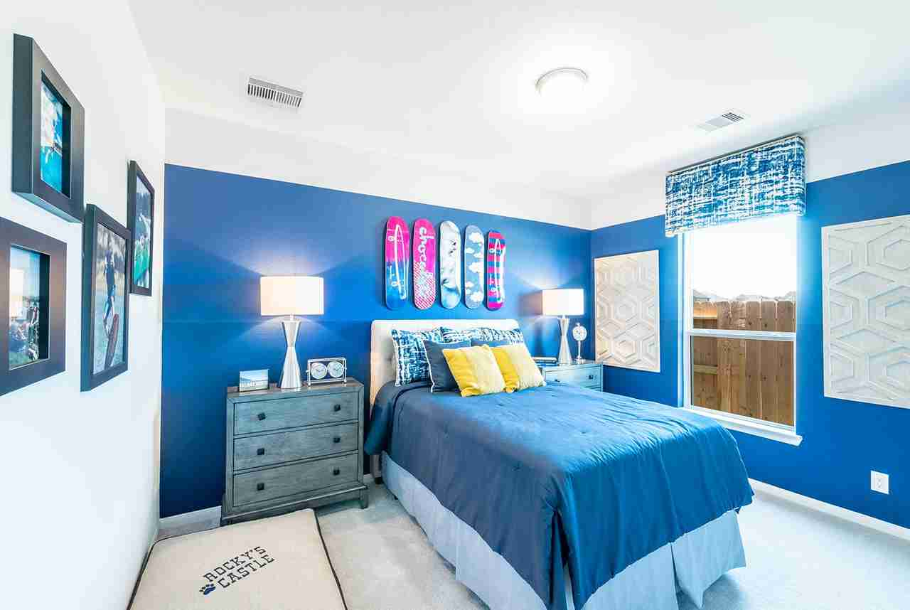 Summer Lakes Bedroom #3