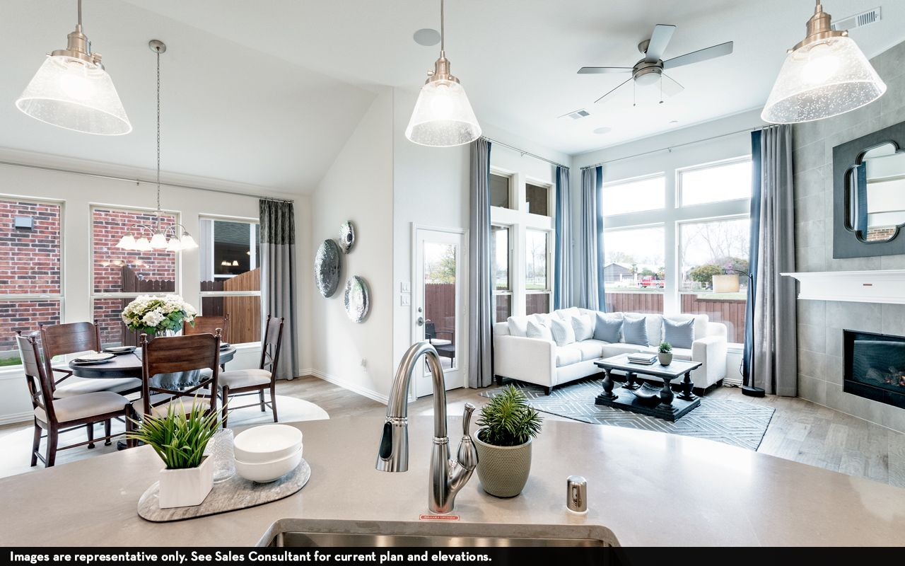 Living Area featured in the Greeley-Silver By CastleRock Communities in Brazoria, TX
