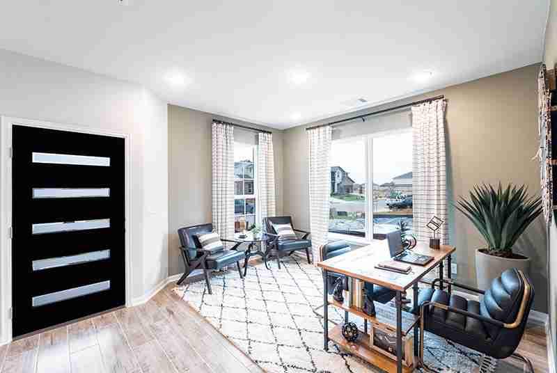 Blanco Vista Entry/Office