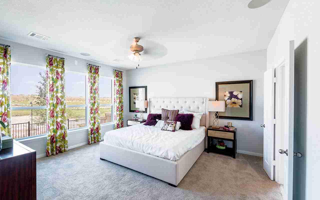 CastleRock Glenwood - Master Bedroom