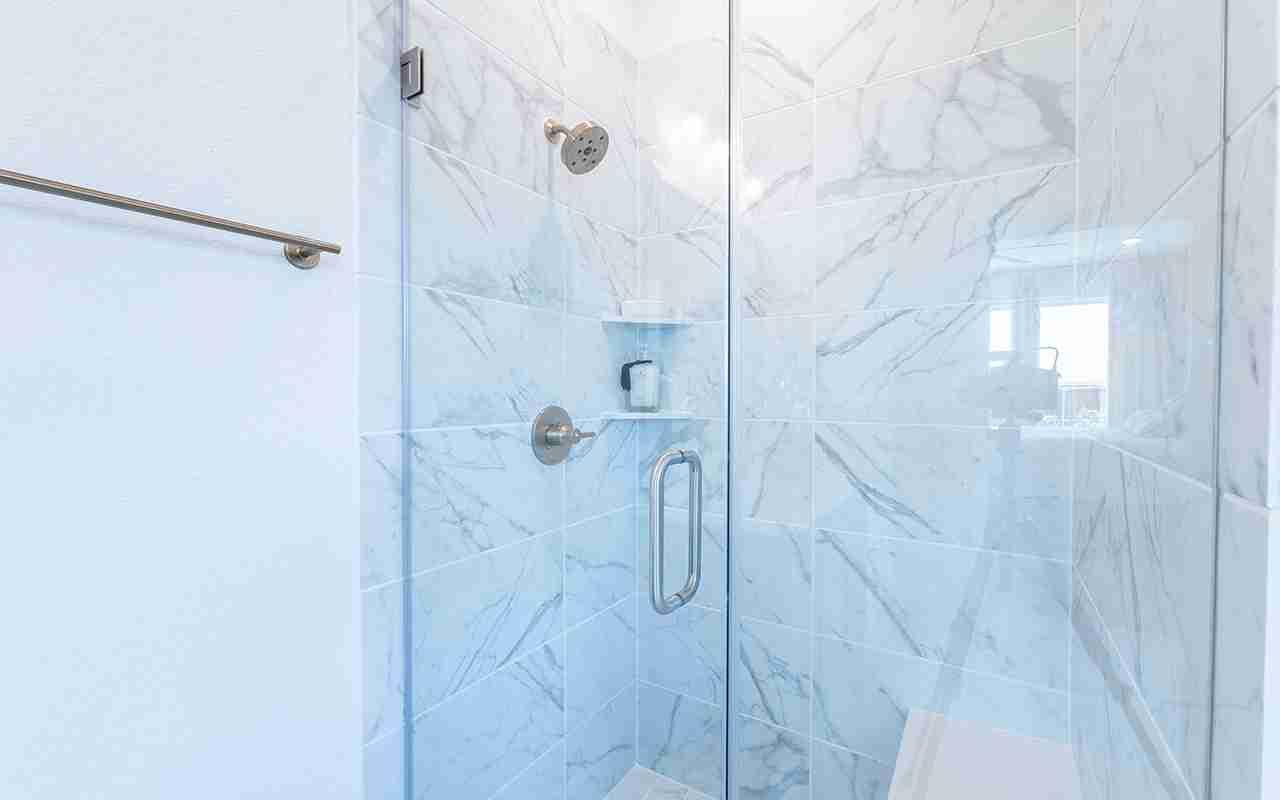 Glenwood -  Master Shower