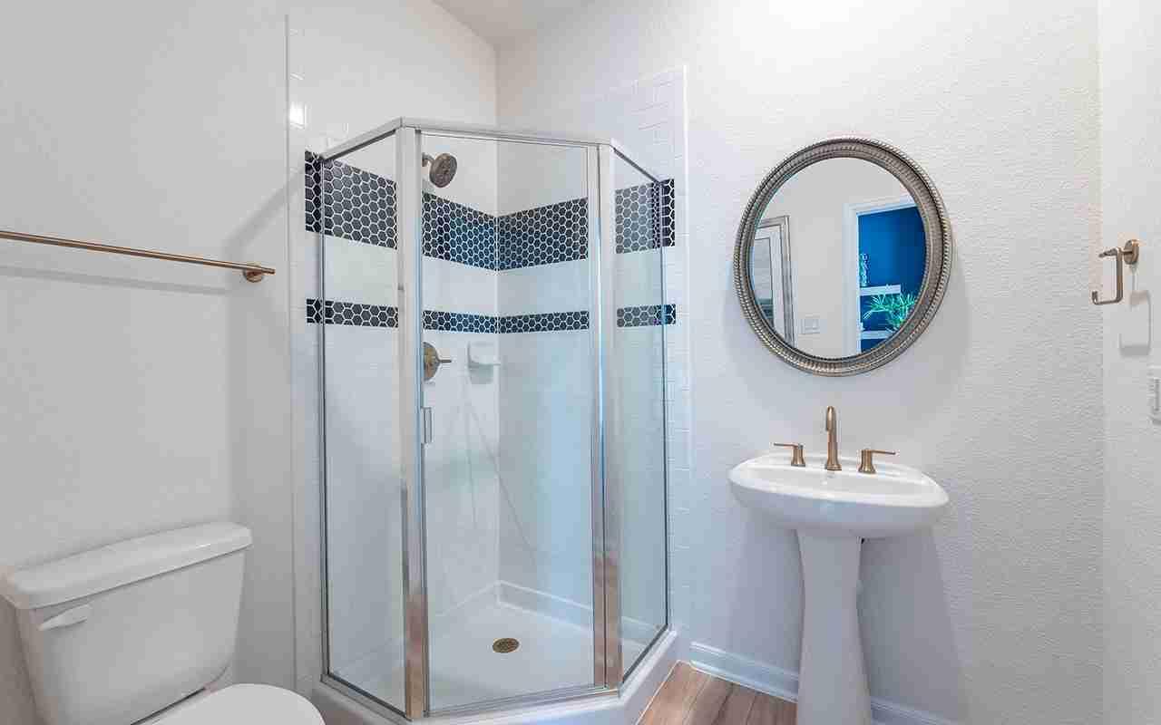 Glenwood - Opt. Bath #3