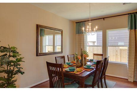 Dining-in-Pecos-Cobalt-at-Laurel Mountain Ranch-in-San Antonio