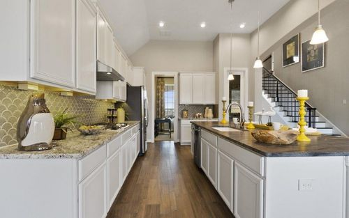 Kitchen-in-Artesia-Gold-at-Inspiration-in-Wylie