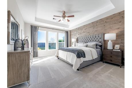 Bedroom-in-Dickinson-Silver-at-Woodshore-in-Clute