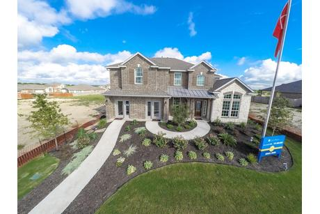 Fremont-Gold-Design-at-Woodshore-in-Clute