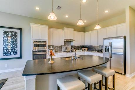 Kitchen-in-Laguna III-Gold-at-Woodshore-in-Clute