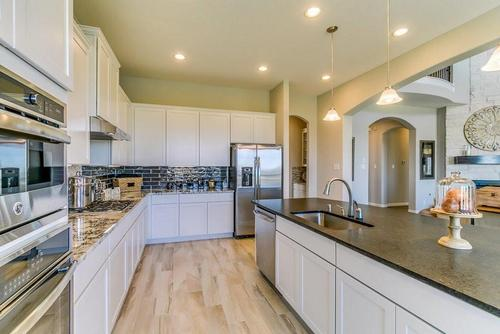 Kitchen-in-Laguna III-Gold-at-Siena-in-Round Rock