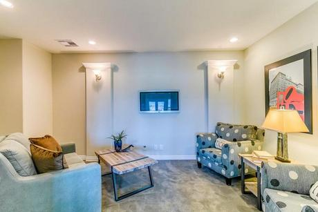 Media-Room-in-Laguna III-Gold-at-Woodshore-in-Clute