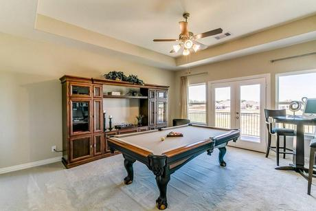 Recreation-Room-in-Laguna III-Gold-at-Woodshore-in-Clute