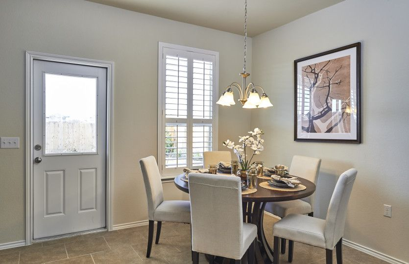 Breakfast-Room-in-Rosemont-at-Laurel Glen at Oakfield-in-Johns Island