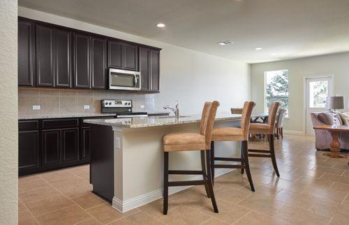 Kitchen-in-Thomaston-at-Travis Ranch-in-Forney