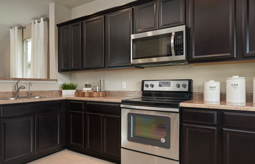 Kitchen-in-Lincoln-at-Elley Crossing-in-New Braunfels