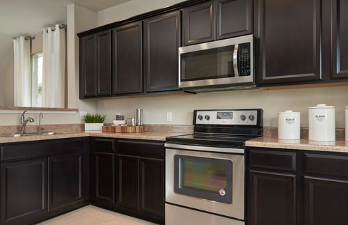 Kitchen-in-Lincoln-at-Silver Canyon-in-San Antonio