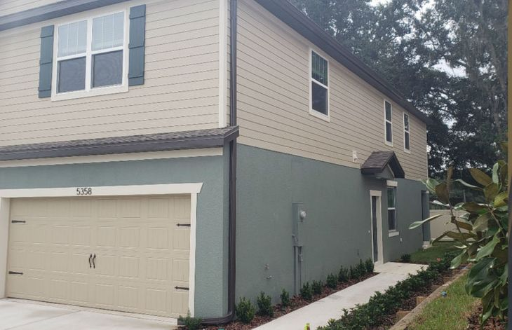 Exterior:Ashe Townhome 03306
