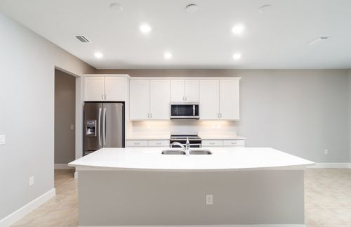 Kitchen-in-Sandhill-at-Cedar Grove-in-North Port
