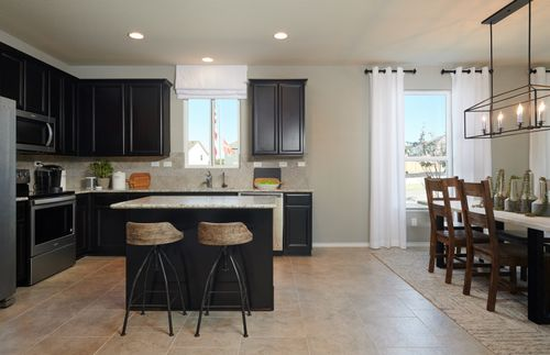 Kitchen-in-Hewitt-at-Silver Canyon-in-San Antonio