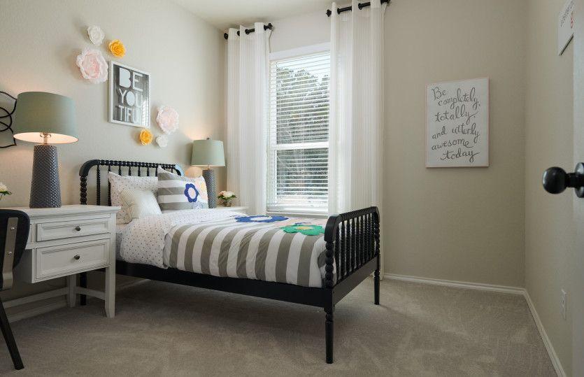 Bedroom-in-Hewitt-at-Sterling Ridge-in-San Antonio