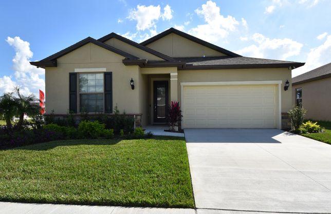 Larkspur Plan, Polk City, Florida 33868