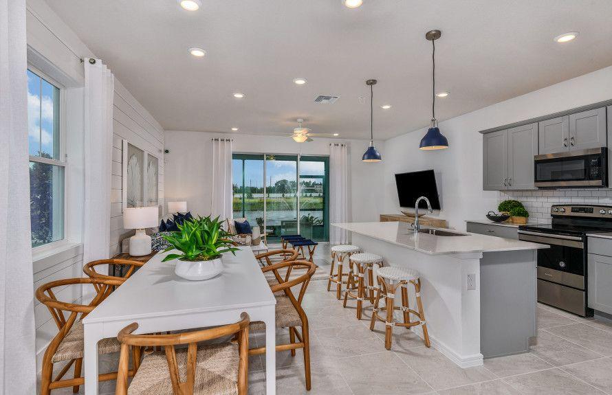 'Wesley Reserve at Chapel Crossings' by Centex Homes - Florida - Tampa in Tampa-St. Petersburg