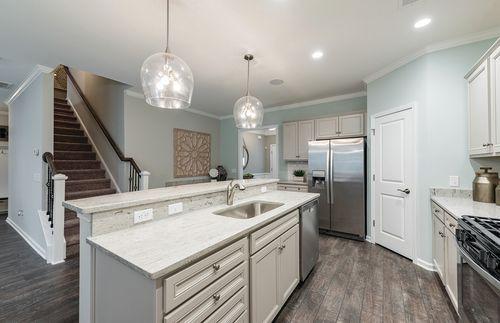 Kitchen-in-Hampton-at-Lakeshore-in-Durham