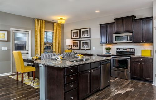 Kitchen-in-Murray-at-Lakeshore-in-Durham