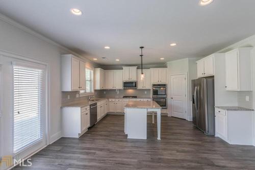 Kitchen-in-Dakota-at-Harmony Hills-in-Acworth