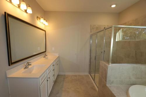 Bathroom-in-Ashby-at-Pleasant Oaks-in-Concord