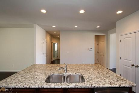 Kitchen-in-Marion-at-Summit At Auburn Hills-in-Dacula