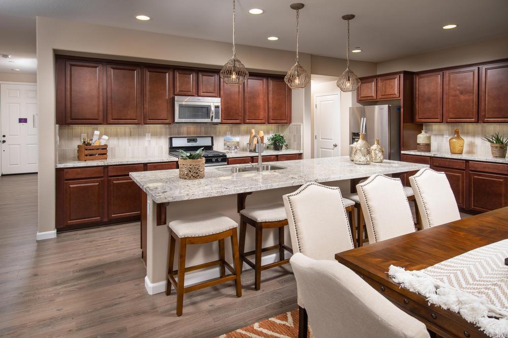 Kitchen-in-Lilly-at-Summerfield-in-Soledad