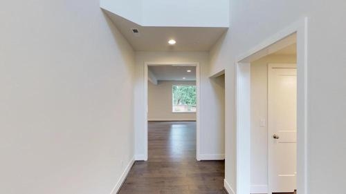 Hallway-in-The Lancaster - 480-at-Jasper Court-in-Lynnwood