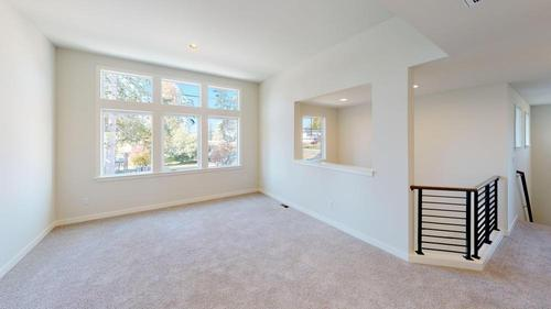 Empty-in-The Landon - 580-at-Leawood Heights-in-Lynnwood