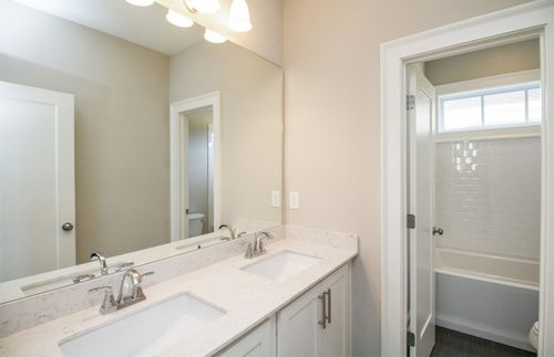 Bathroom-in-Riverside-at-Foundry-in-Alpharetta