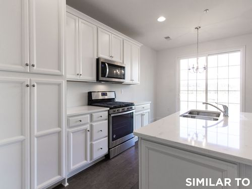 Kitchen-in-Dodson-at-The Point-in-Hummelstown