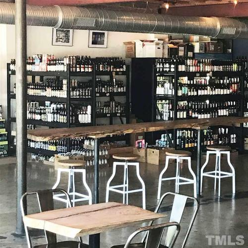 Wet-Bar-in-The Williams-at-Chatham Walk-in-Cary